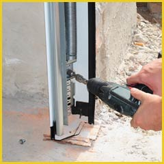 Garage Doors Store Repairs Austin, TX 512-672-8614